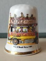 bus maple